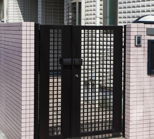 アルミ製門扉|千葉 外構・エクステリア