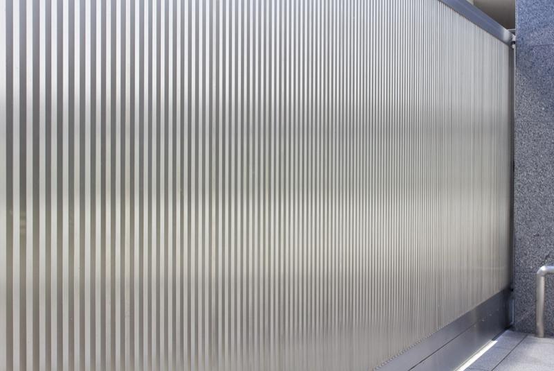 ステンレス門扉のメンテナンス|千葉
